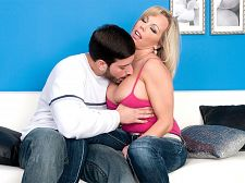 Amber Lynn Bach: Shoot Your Man cream In Me