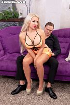 Jessy Bunny: Mystery Date With A Happy Ending